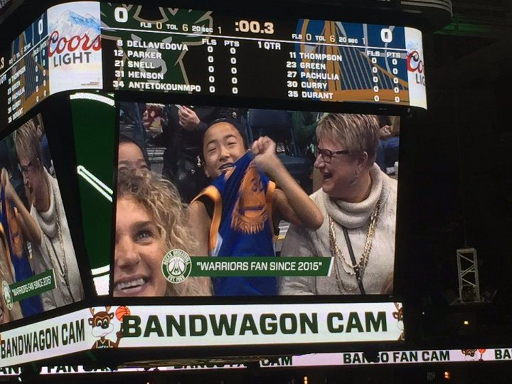 bucks-jumbotron-warriors