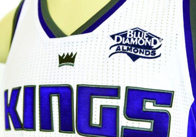 kings-blue-diamond-almonds